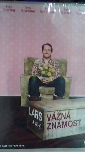 lars a jeho vážná známost
